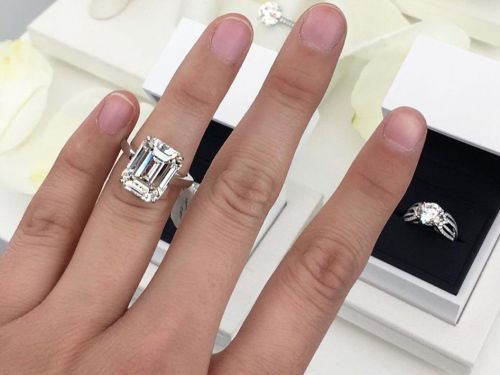 Why We Love Radiant-Cut Engagement Rings