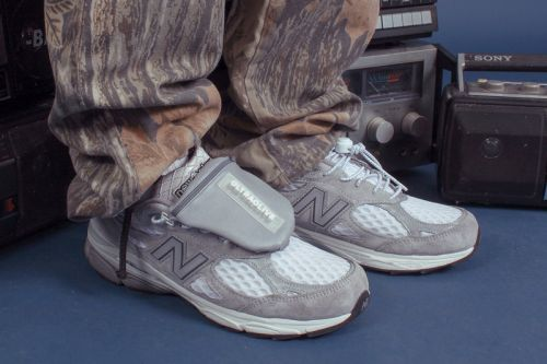 "Here's a Full Look at the ULTRAOLIVE x New Balance ""ULTRA990"""