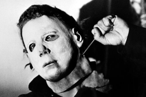 William Shatner rips 'Halloween' for using Captain Kirk mask: 'Are they kidding?'