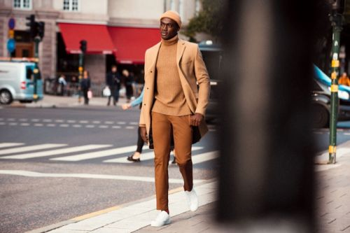 Davidson Shows Smart Ways to Pull Off the Turtleneck with H&M