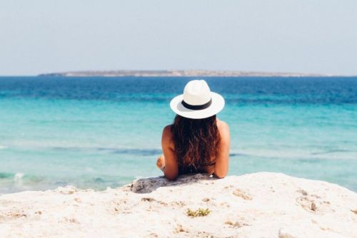 How To Protect Hair From Saltwater This Summer