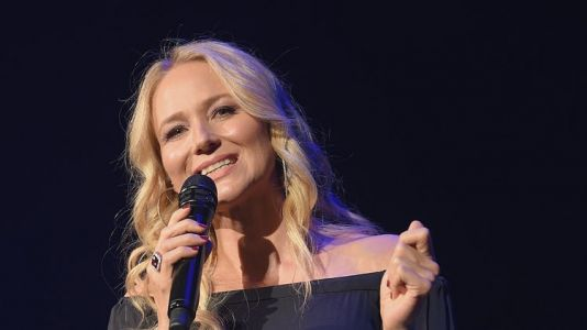 Jewel Helps Bring Wellness Your Way Festival To The Masses To Inspire A Unique And Healthy Lifestyle