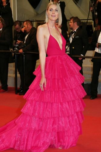 Sofie Valkiers hits the red carpet wearing a custom made fuchia