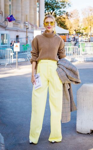 Save These 10 Oversize-Sweater Outfit Ideas for the Dead of Winter