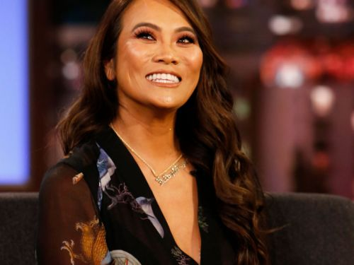 Toss The Pigskin! Dr. Pimple Popper Is Getting A TLC Super Bowl Special