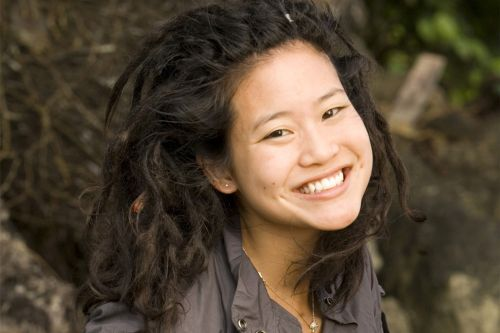 'Survivor: Fiji' contestant Michelle Yi stabbed by homeless woman