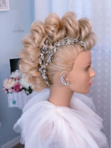 Learn How to Create Lala's Updos' High-Impact Fauxhawk