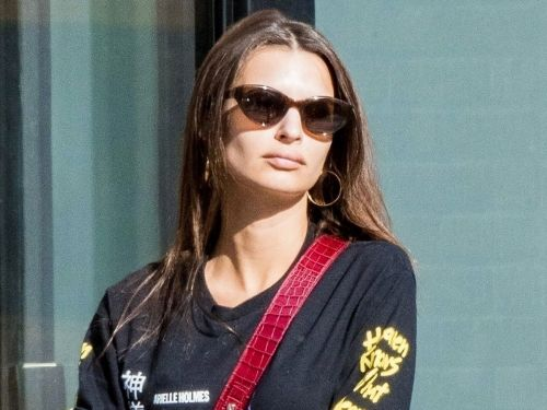 Emily Ratajkowski Styled Yeezy Sneakers in the Most 2000s Way