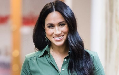 Meghan Markle Wore a Thing: Sleeveless Blue Top Edition