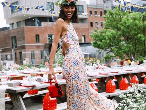 Weddings Are Happening Again-27 Stunning Dresses to Wear to Summer Ceremonies