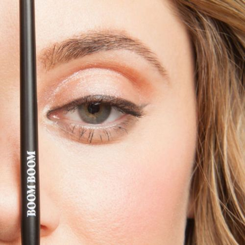 Malynda Vigliotti Shares Tips on Using Makeup To Create Natural Looking Brows