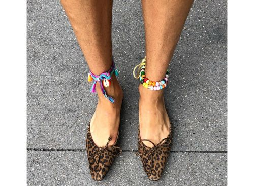Standing Up For Hairy Legs & the Women Who Sport Them