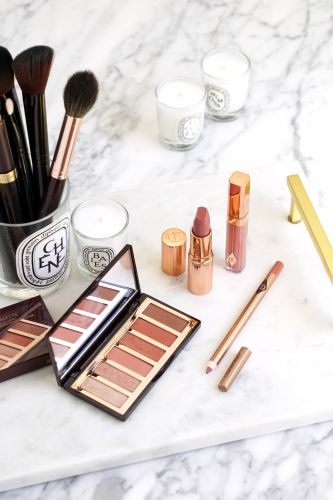 Charlotte Tilbury Pillow Talk Lip Kit + Easy Smokey Eye Palette