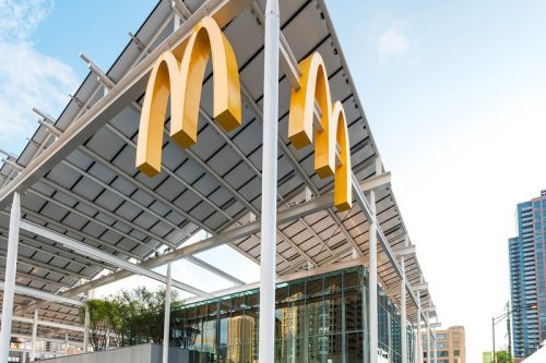 McDonald's Unveils New Apple Store-Like Chicago Flagship Location