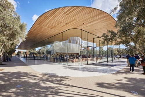 The Apple Park Visitor Center Is Finally Open to the Public