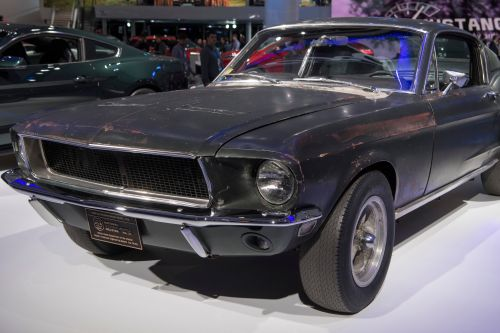 Iconic Mustang from 'Bullitt' on display at Detroit Auto Show