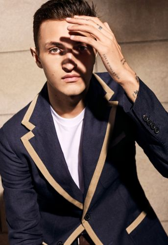 Anwar Hadid Reunites with Tod's for Spring '19 Campaign