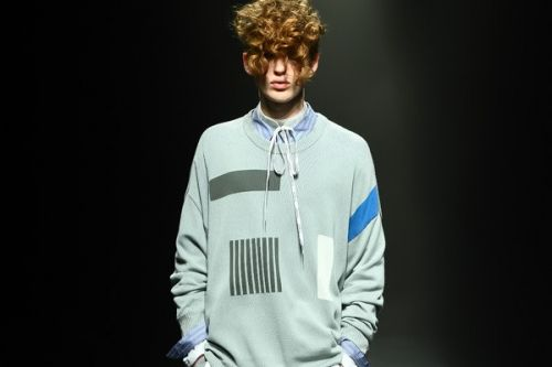 DISCOVERED References DHL in Spring/Summer 2018 Collection
